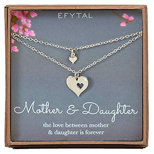 EFYTAL Cutout Heart Necklace Set of Two